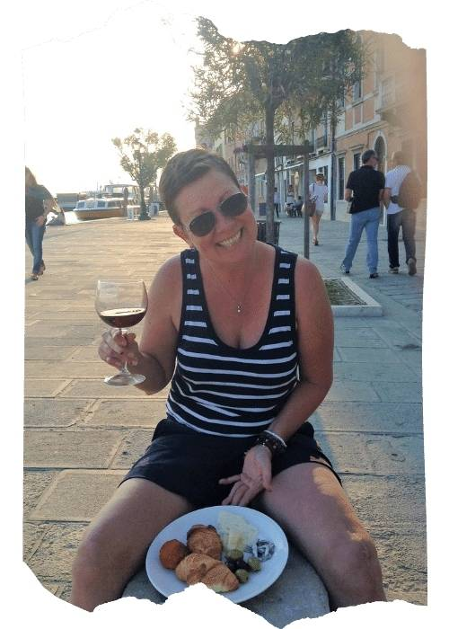 About me - I love eating Italia food in Venice Italy